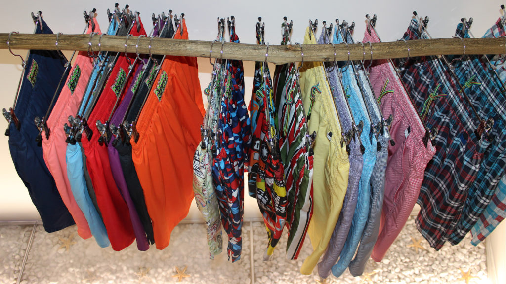 Pavit MOVE brand 1024x576 - MOVE beachwear